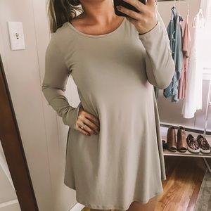 Forever 21 Long Sleeve Cream Shift Dress